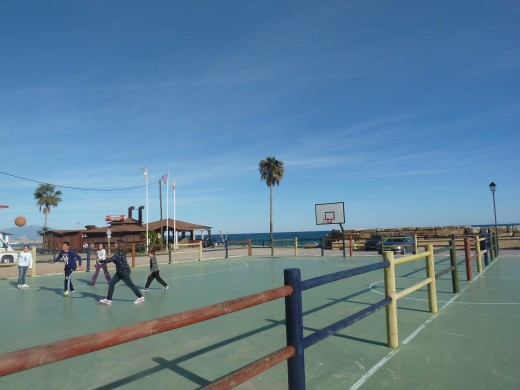 Basketball court by Chiringuito Andres y Maria at El Castillo de La Duquesa
