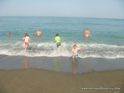 summer_fun_on_beach_in_Manilva_Spain