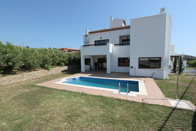 Casares Greens Villa