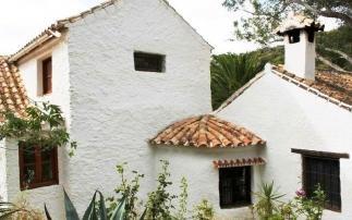 Villa, Casares