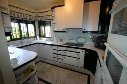 Kitchen, Villa Vercana, Jardin Tropical, Duquesa