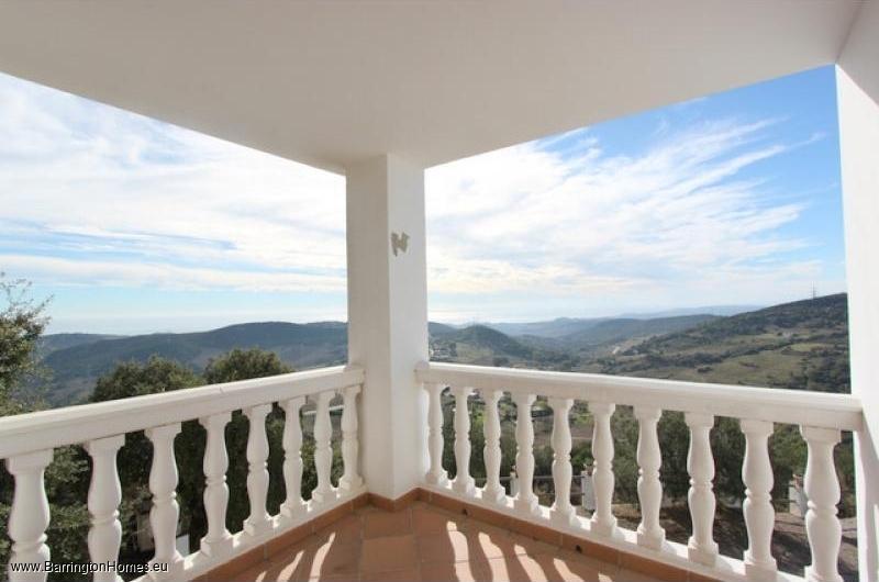 5 Bedroom Finca, Casares. Another terrace