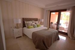 Master Bedroom, Mar Azul