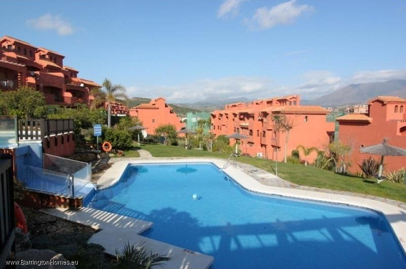 3 Bedroom Penthouse, Costa Galera, Estepona. Pool, Costa Galera