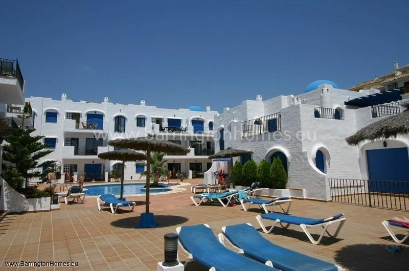 Mykonos Playa Is A Very Por Complex Of Apartments Built Around Beautiful Communal Swimming Pool Area And Just Metres From Duquesa Marina The