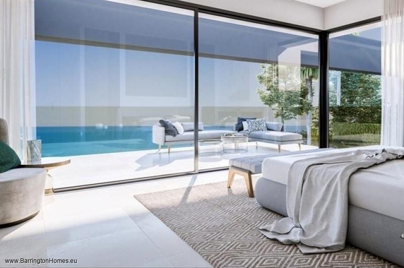 4 Bedroom Villa, La Paloma, Duquesa.