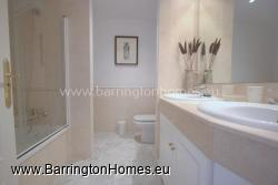Ensuite Bathroom with Vanity Units