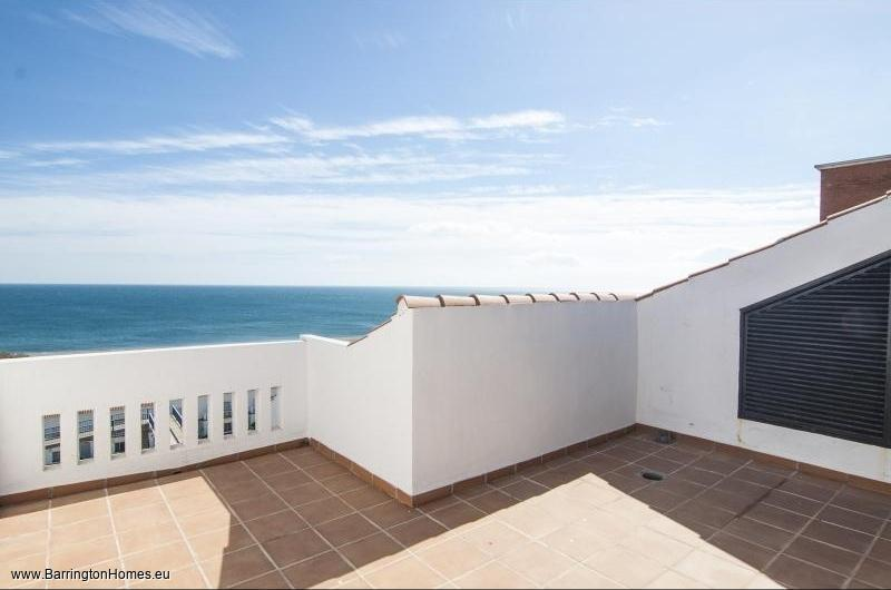 3 Bedroom Penthouse Manilva Playa, Duquesa.