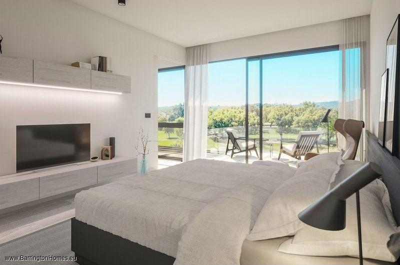 3 & 4 Bedroom Townhouses, San Roque Golf, Sotogrande.