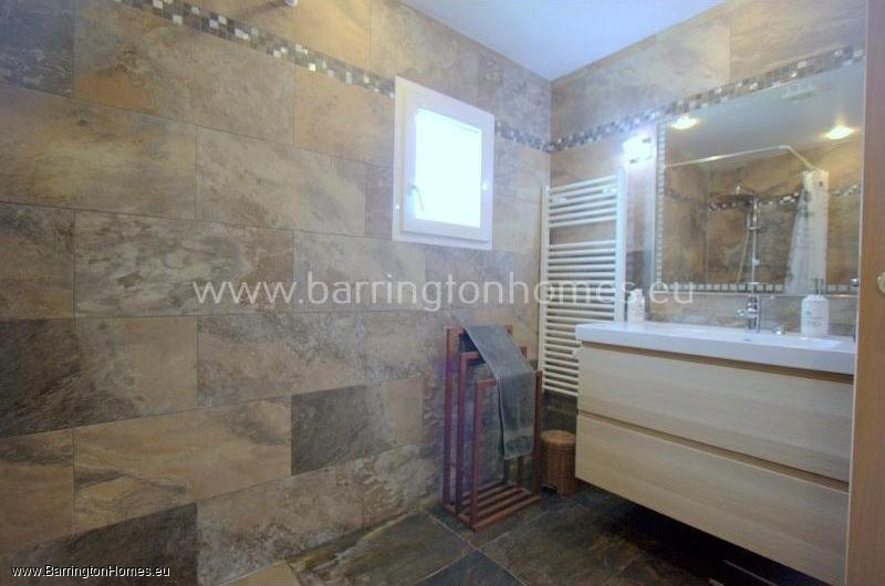 2 Bedroom Apartment, Las Brisas, Duquesa.