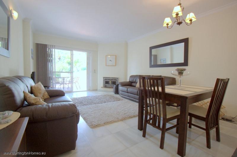2 Bedroom Apartment, Pueblo Camelot, Duquesa.