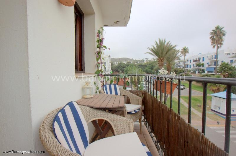 1 Bedroom Corner Apartment, Puerto de la Duquesa, Duquesa.