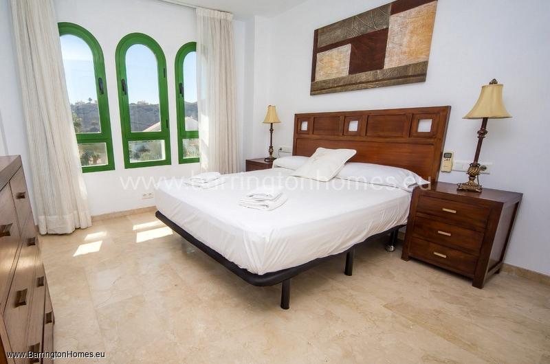 2 Bedroom Apartment, Pueblo el Goleto, Duquesa.