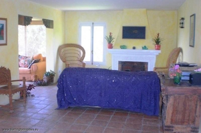 5 Bedroom Finca, Casares. Living area, Arquita, Casares