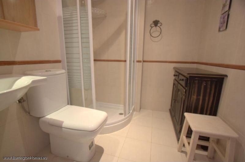 2 & 3 Bedroom Apartments, Villa Matilde, Sabinillas. Bathroom, Villa Matilde