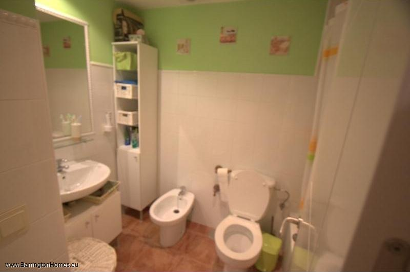 2 Bedroom Apartment, Marina Tropical, Casares Costa. Bathroom, Marina Tropical, Casares Costa