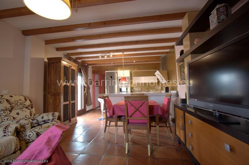 2 Bedroom Apartment, Avenida de Miraflores, Sabinillas.