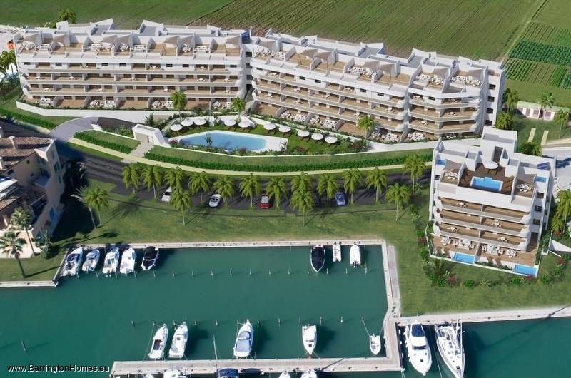 2 & 3 Bedroom Luxury Waterfront Apartments, La Marina, Sotogrande.