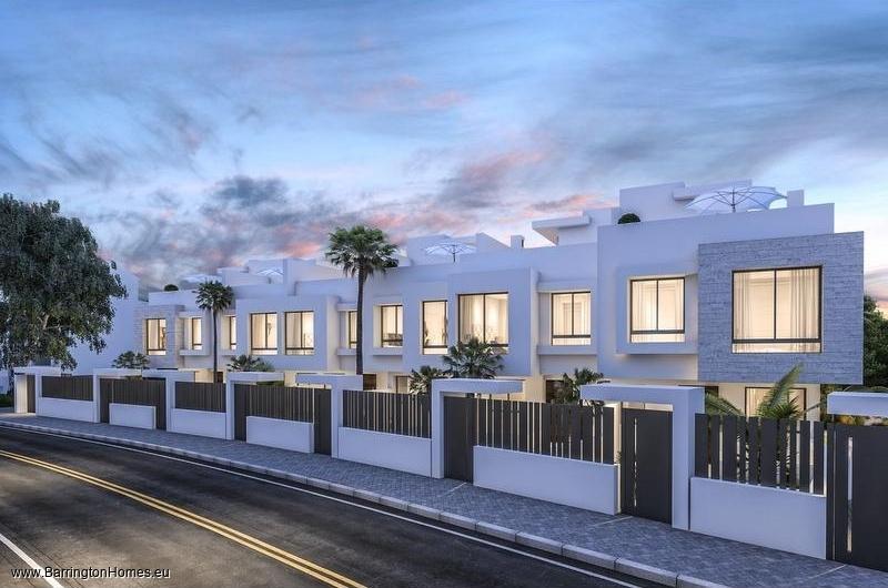 3 Bedroom Luxury Beachside Townhouses, Guadalobon Beach, Estepona.