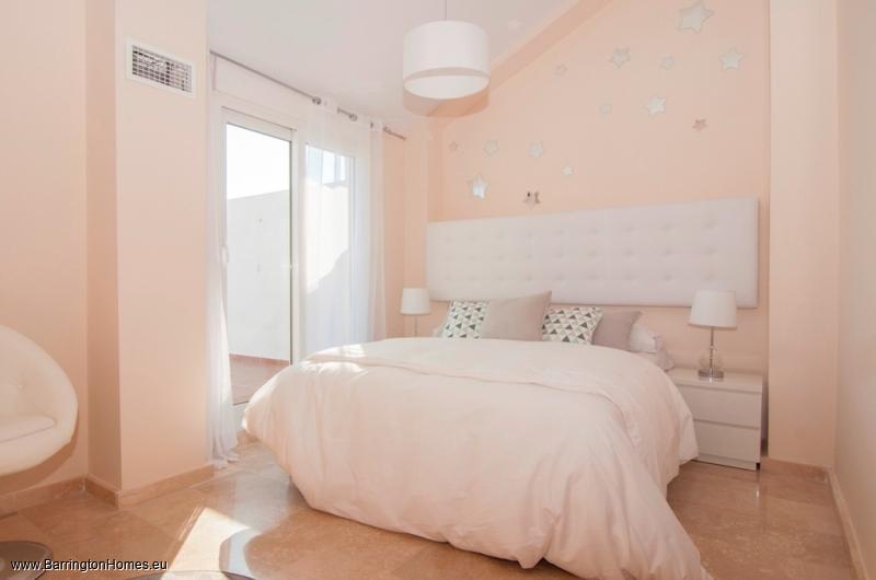 3 Bedroom Penthouse Manilva Playa, Duquesa.