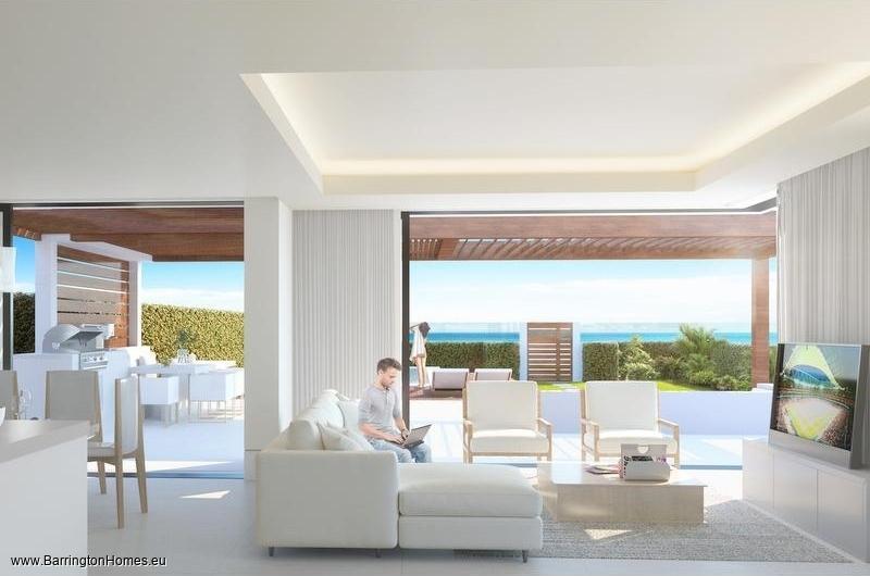 Luxury Properties, Bahia del Velerin, Estepona.