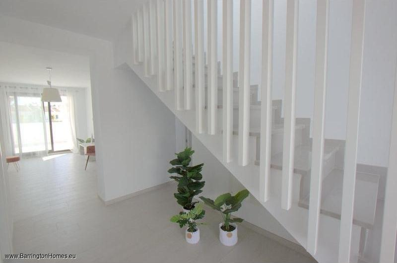 2 & 3 Bedroom Apartments, Arroyo Vaquero, Estepona.