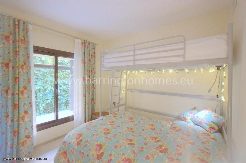 2 Bedroom Apartment, Coto Real, Duquesa.