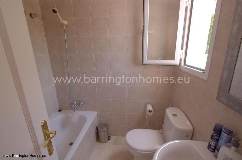 3 Bedroom Duplex Penthouse, Terrazas de la Bahia, Casares Costa.