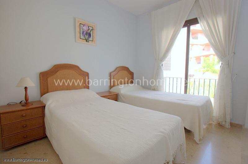 2 Bedroom Penthouse, Fuentes de la Duquesa, Duquesa.