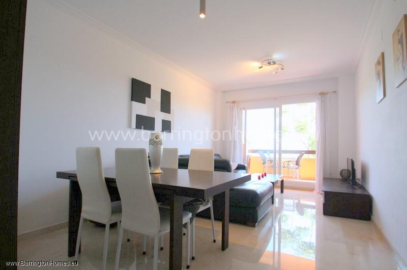 2 Bedroom Corner Apartment, Casares Del Sol, Casares Costa.