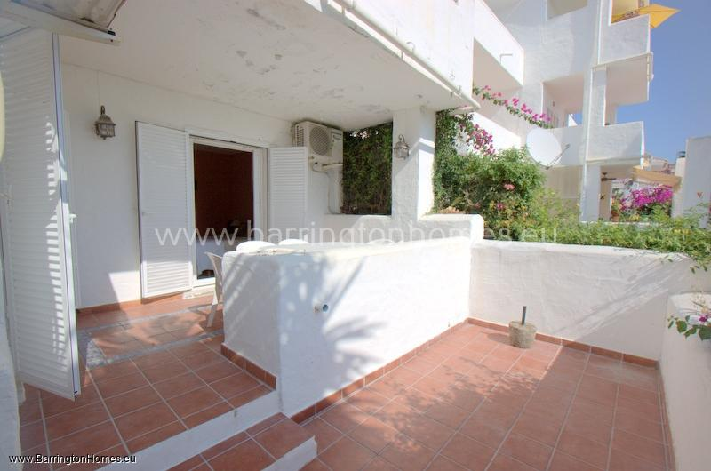 2 Bedroom Apartment, Pueblo Camelot, Duquesa.