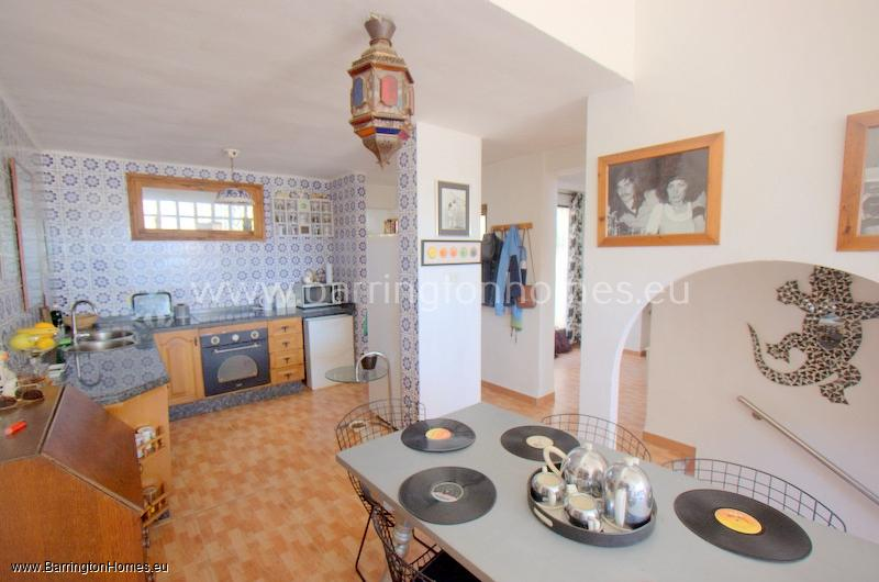 2 Bedroom House, Las Higueras, Manilva.