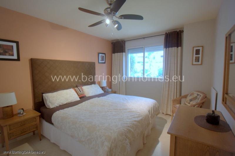 2 Bedroom Apartment, Duquesa Fairways, Duquesa.