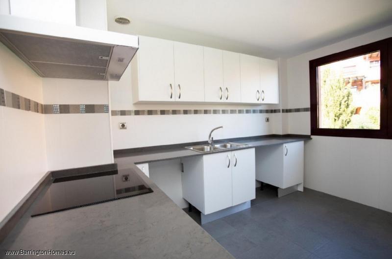 2 & 3 Bedroom Apartments, Casares Golf Gardens, Casares Costa.