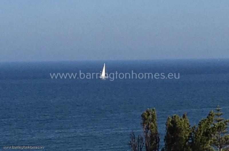 4 Bedroom Villa, Colinas Del Mar, Torreguadiaro.