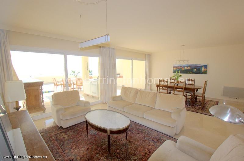3 Bedroom Penthouse, Sinfonia del Mar, Estepona.