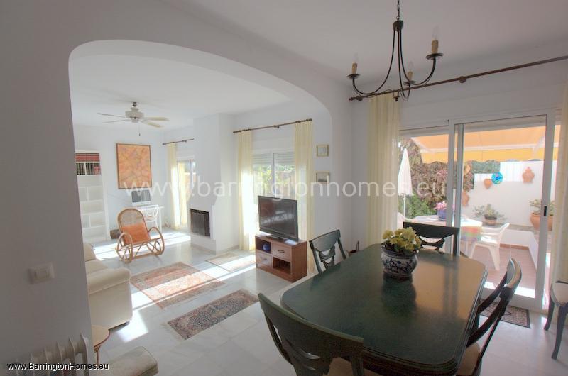 3 Bedroom End Townhouse, Dona Pilar, Manilva.