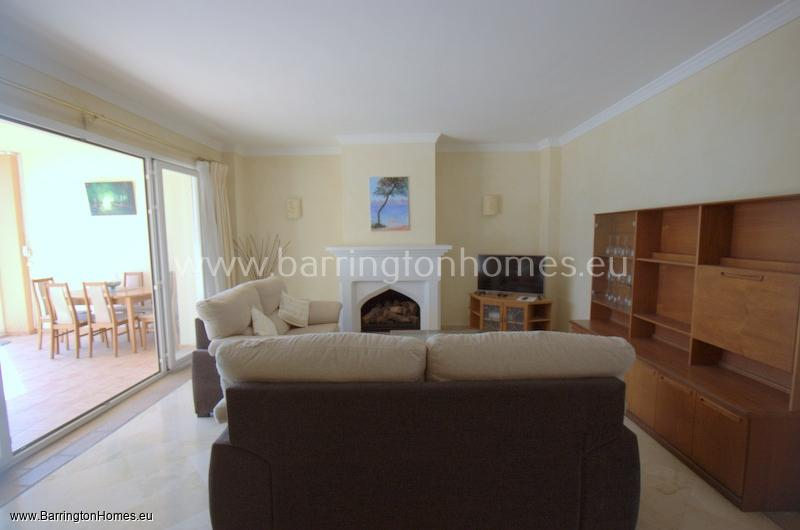 2 Bedroom Apartment, La Perla de la Bahia, Casares Costa.