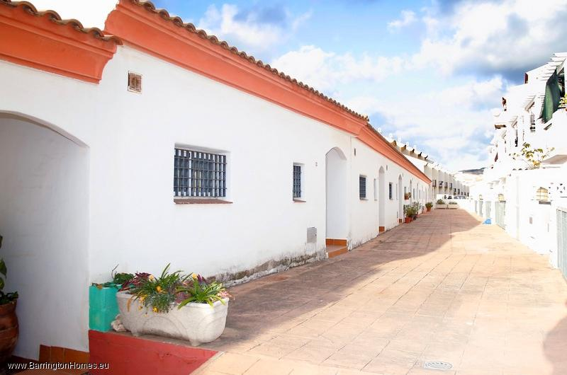 2 Bedroom Townhouse, Royal Manilva, Manilva.