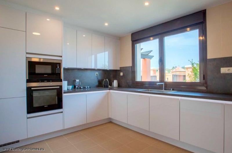 3 Bedroom Semi and Detached Villas, Villa Golf Costa, Estepona.
