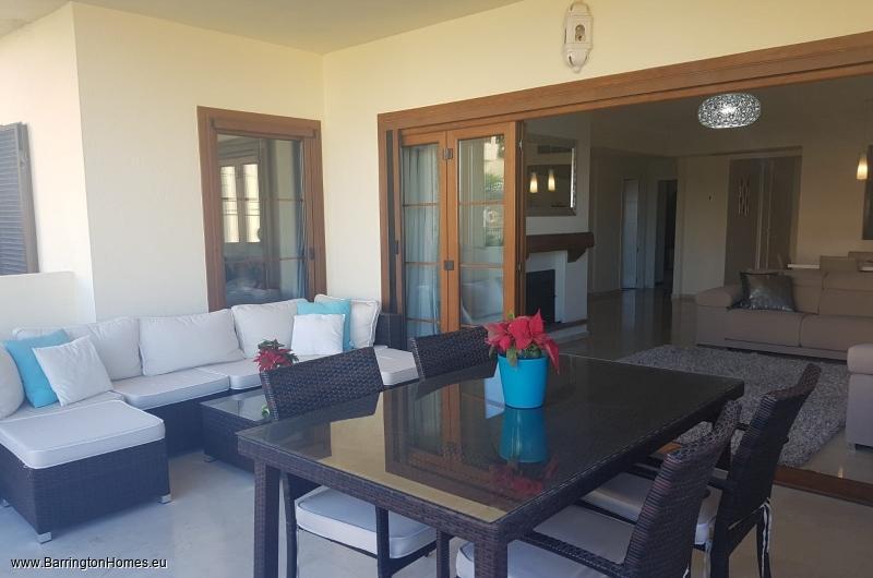 2 Bedroom Apartment, Los Castillos, Duquesa.
