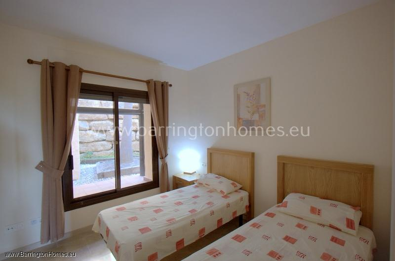 2 Bedroom Apartment, Coto Real,Duquesa.