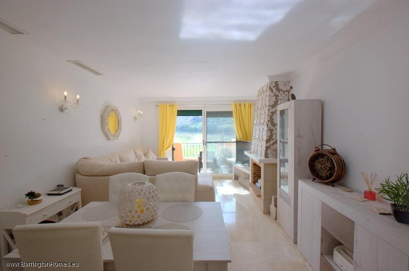 3 Bedroom Duplex Penthouse, La Almadraba, Duquesa.